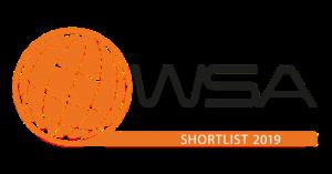 Das Logo des Wettbewerbs ist zu sehen. Eine Orangene Kugel mit dem Schriftzug WSA Young Innovators.